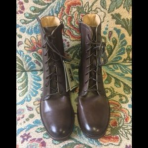 """Frye New """"Melissa """" Shirt Lace-Up Boot."""